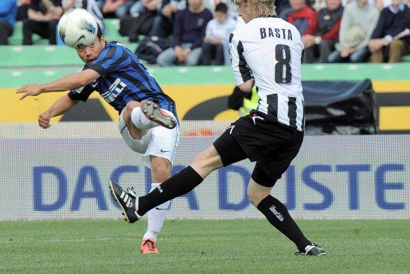 El otro equipo de Milán, el Inter, se metió a la casa del Udinese en un...