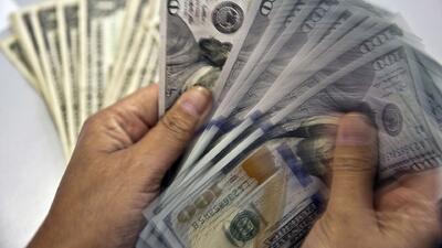 Incremento del dólar afecta al peso mexicano