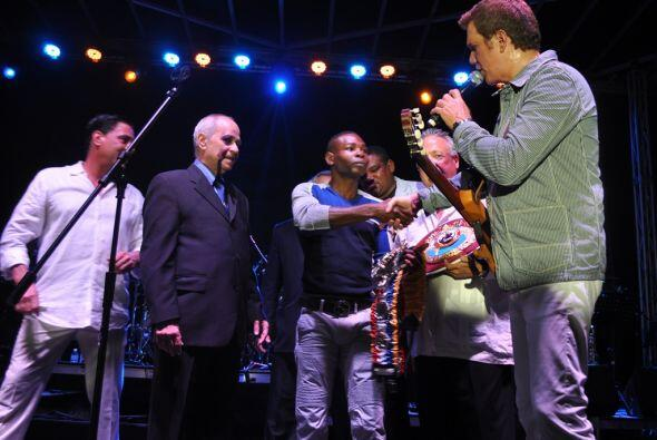 El evento se realizó durante el concierto del cantante cubano Wil...