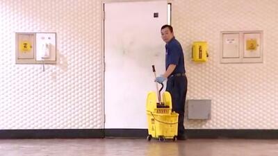 Resurge la polémica por sueldo de más de $270,000 a un empleado público de limpieza