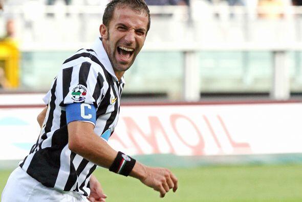 Del Piero demostró el amor a su club y fue un de los pilares para que es...