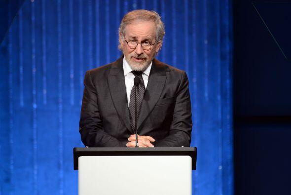 STEVEN SPIELBERG- El millonario director de cine es el único miembro de...