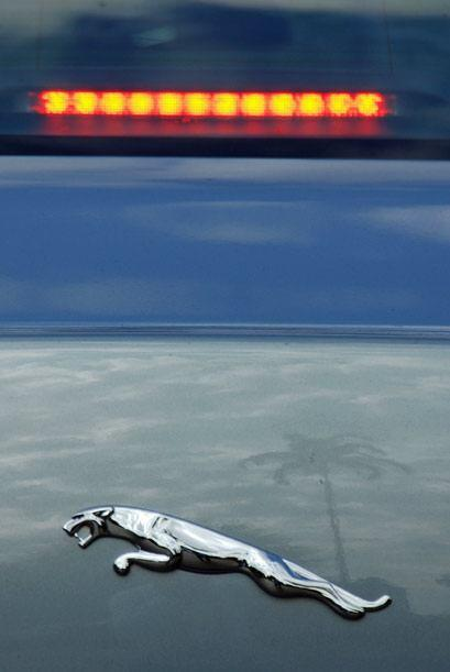 A pesar de sus dimensiones, poder y lujo, Jaguar se preocupó también por...