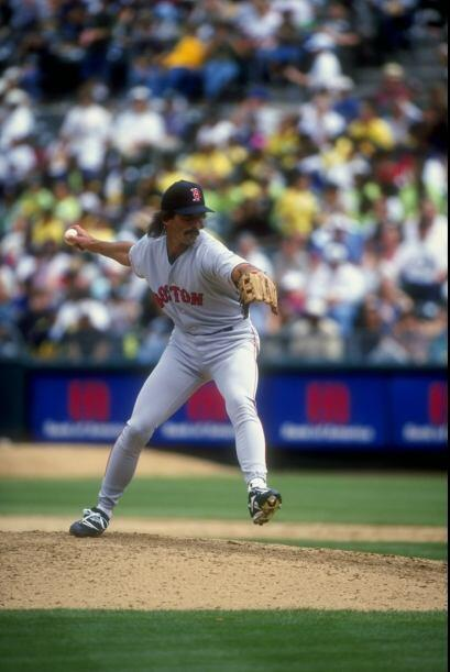6. Dennis Eckersley. Nacido en Oakland, California, Eckersley jugó para...