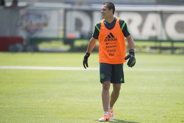 10.- Javier Hernández.- El 'Chicharito' lleva ya una semana traba...