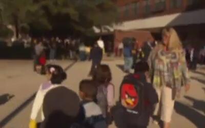 Condado de Los Ángeles dejó de dar fondos a cientos de familias de crianza