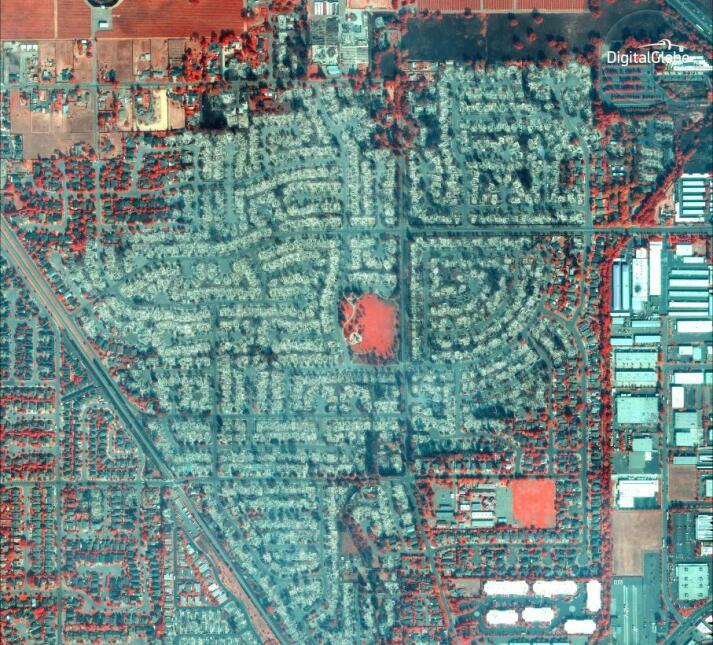 Una imagen infrarroja satelital muestra los daños causados por el fuego...