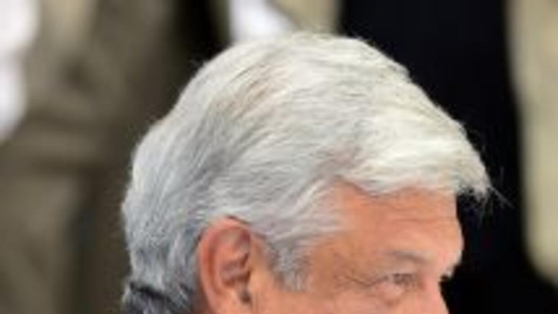 López Obrador, candidato presidencial de la izquierda, advirtió que a me...