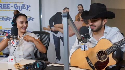 Joss Favela se le declaró a La Bronca con estas tres canciones