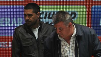 Claudio Borghi, técnico del LDU, quiere sacar del retiro a Riquelme