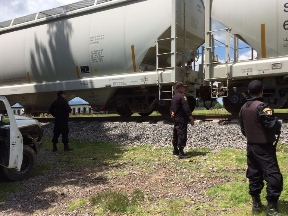 Dos guardias de esta corporación de seguridad revelaron a Univision que...