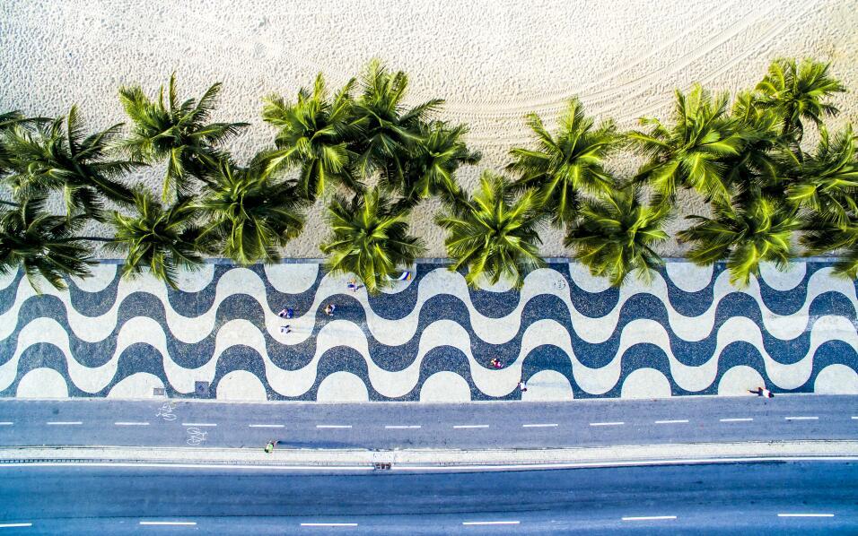 Copacabana, Rio de janeiro, Brazil by Ulysses Padilha.JPG