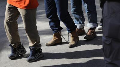 """""""Yo también estoy separado de mi hijo"""": así son los juicios masivos de la frontera bajo la política de 'tolerancia cero'"""
