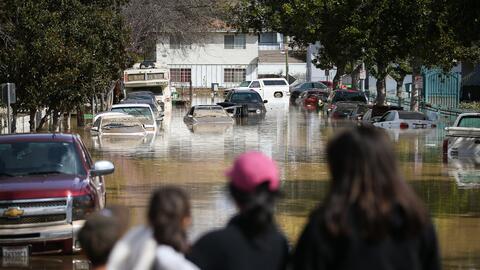 Los desastres naturales pueden dañar la comida, las tiendas y dif...