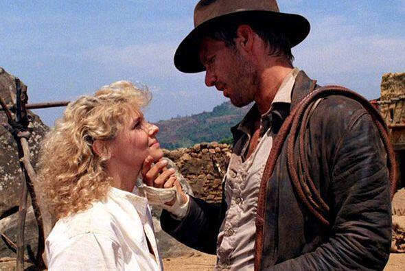 Así que imagínate a la pobre de Willie (Kate Capshaw) cubierta por cerca...