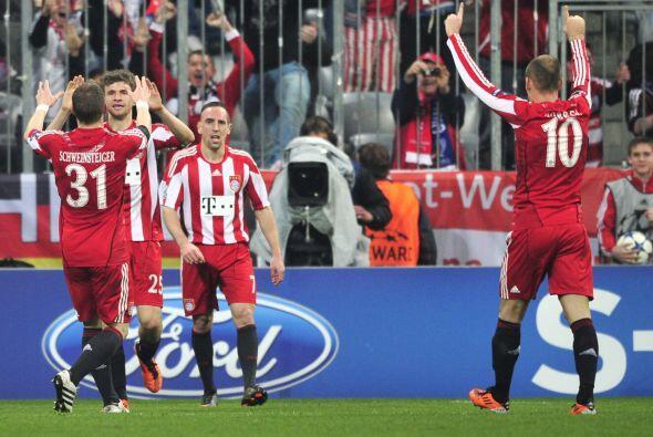 El joven Thomas Müller convirtiò el segundo gol del conjunto alemán, que...