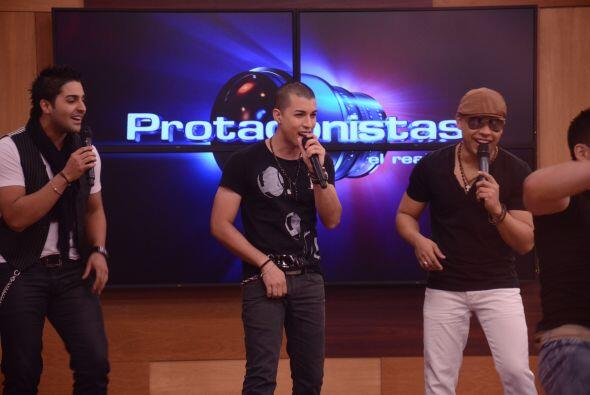 Los puertorriqueños compartieron un rato agradable con los Protag...