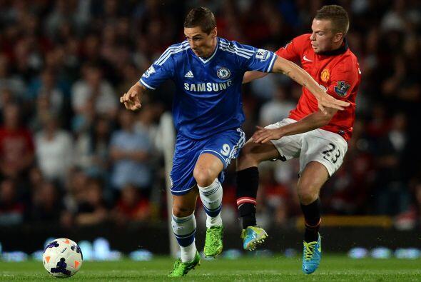 Fernando Torres entró al campo como otra opción al frente para los 'Blues'.