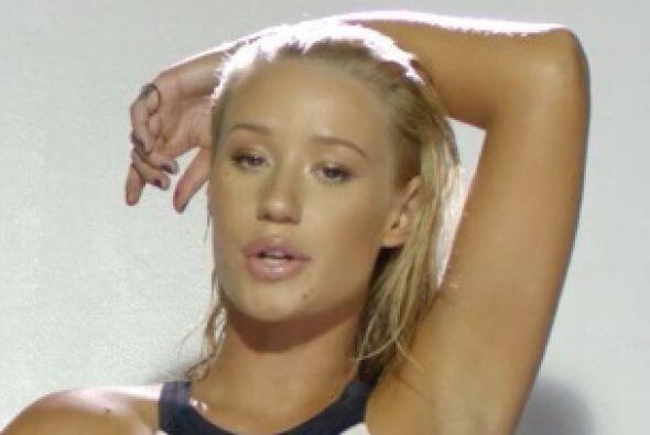 Con tan sólo 24 años Iggy Azalea es una mujer candente y en bikini seduc...