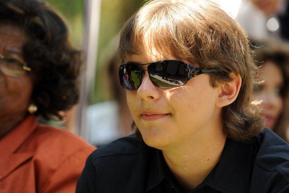 Prince Michael es el hijo mayor de Michael Jackson. Tenía 12 a&nt...