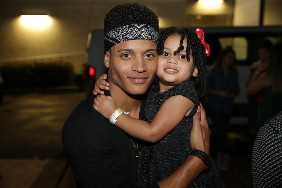 La hermosa hija de Christian, Ayanaliz Loissette, vino a darle todo su a...