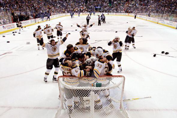 Tras perder los Canucks la Copa Stanley, de la Liga Nacional de Hockey s...