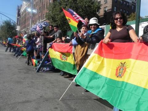 Las reinas del desfile de la hispanidad en Nu 5e7d2c4a7f1f4417870de5278e...