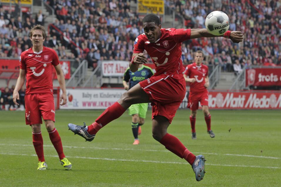 Watford le roba el empate de último minuto al Liverpool AP_120429019082.jpg