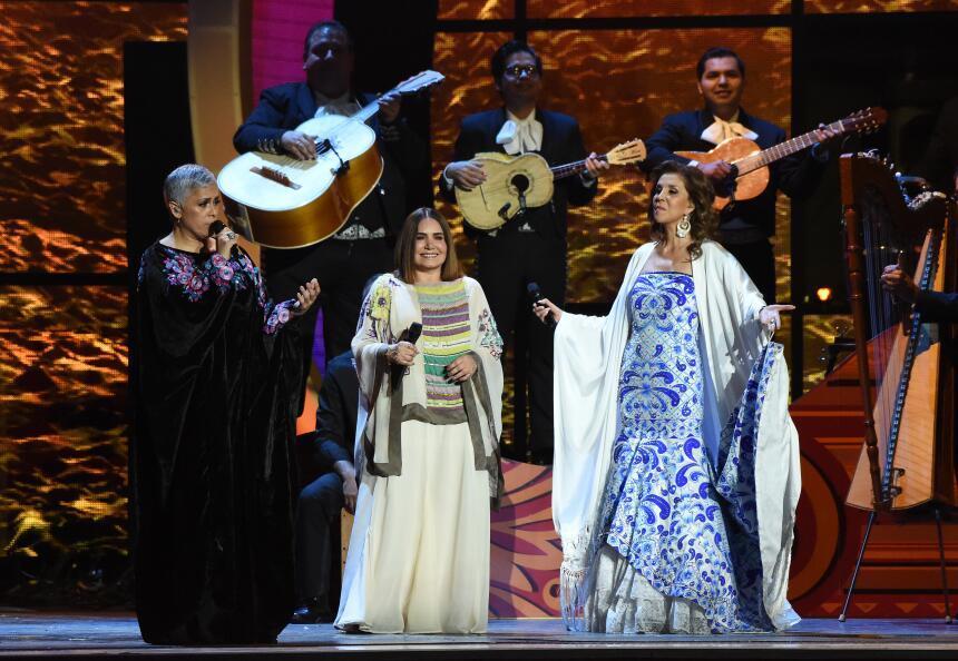 Las divas Tania Libertad, Guadalupe Pineda y Eugenia León dieron cátedra...