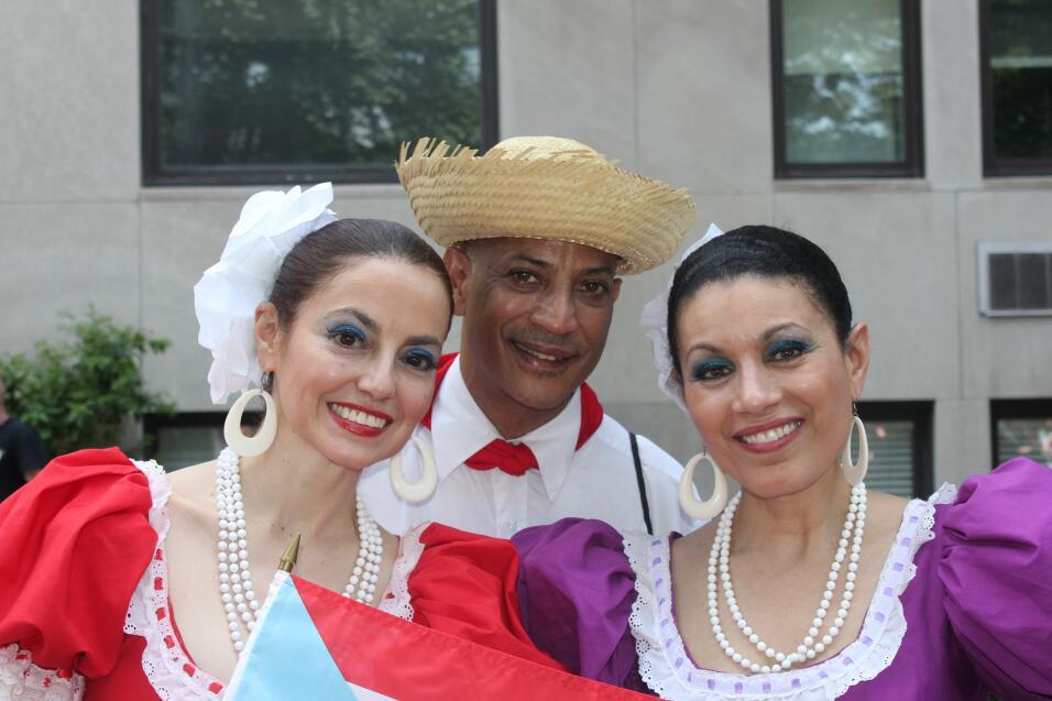Con la participación de Óscar López Rivera, así Chicago celebró su Desfi...