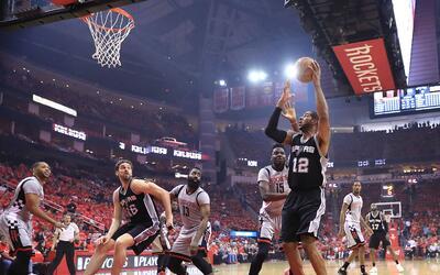 HOUSTON, TX - MAY 11: LaMarcus Aldridge #12 of the San Antonio Spurs sho...