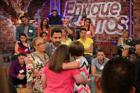 Después de tan esperado reencuentro, Enrique habló con María y con Luz p...