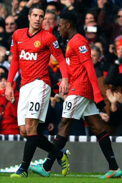El ataque de dos jugadores tiene nombres seguro, Robbie Van Persie y Dan...