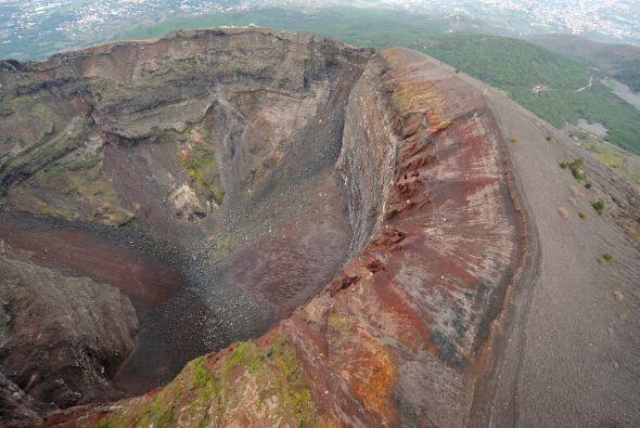 Nostradamos aseguró que a finales del 2015 el Monte Vesubio, en Italia,...