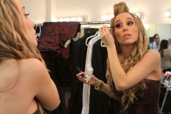 Andrea se puso linda como la Barbie. La venezolana estuvo emocionada de...