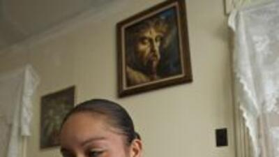 María Elena Salinas analiza el candente tema de los bebés de indocumenta...