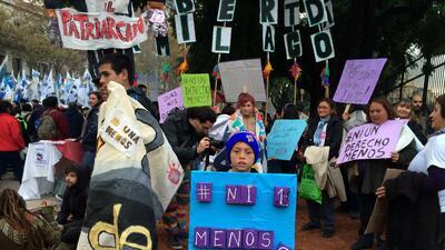 #NiUnaMenos : Argentina marcha contra la violencia de género y el femicidio