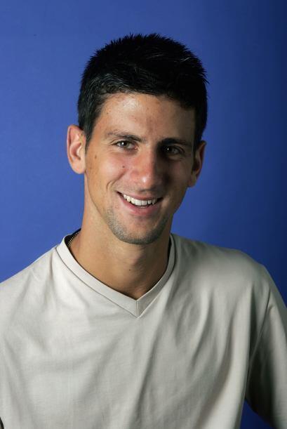 Djokovic inició a los cuatro años de edad en el tenis, y profesionalment...