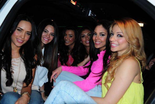 Este es el equipo de Denise. ¿A poco no están bellísimas las chicas?