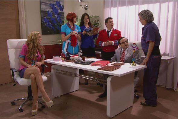 Cipriano reunió a todos en la oficina para informarles que el talento de...
