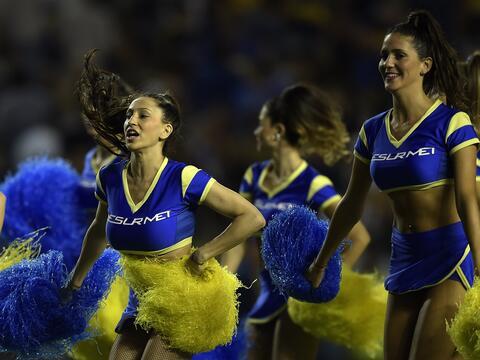 Juliana Sosa, una belleza colombiana a la que el fútbol le eriza la piel...