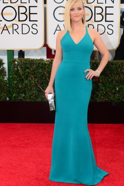 Y no podía faltar nuestra querida Reese Witherspoon que lució sus curvas...
