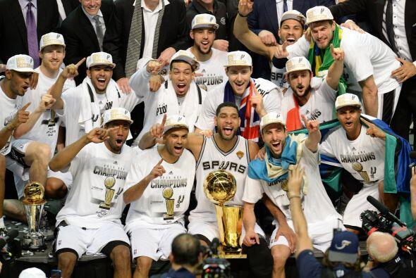 Los Spurs de San Antonio tuvieron un año redondo y de revancha al vencer...