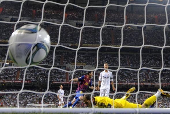 Por si quería ver el gol de David Villa ante el Real Madrid, te daos la...