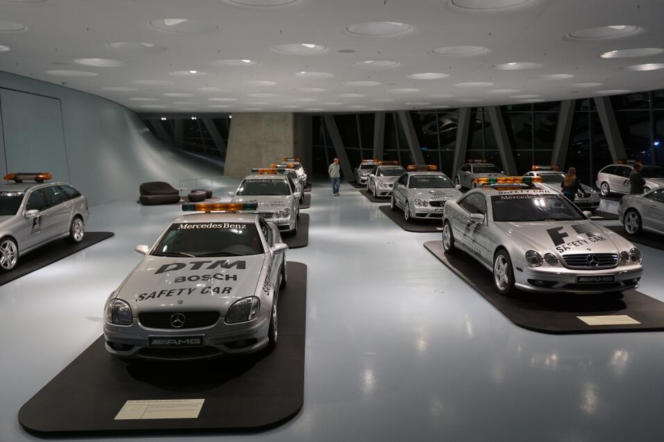 "Detroit 2016: Mercedes-AMG S 63 4MATIC Cabriolet ""Edition 130"" llega par..."