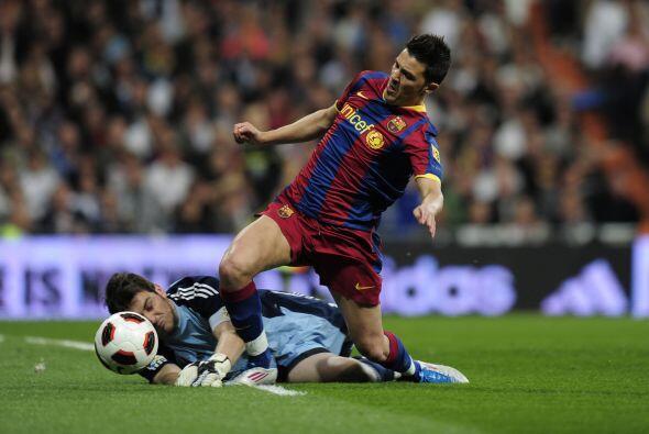 El Barcelona pidió penalti en esta jugada. El árbitro no pitó nada.