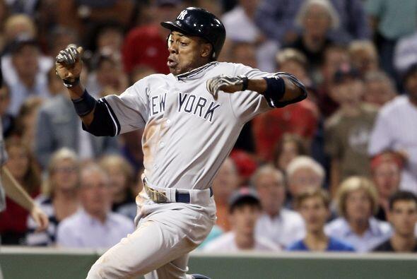 Curtis Granderson puso en ventaja a los Yankees anotando la primer carre...