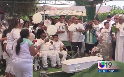 Comunidad y familia dan el último adiós a la pequeña Daleyza