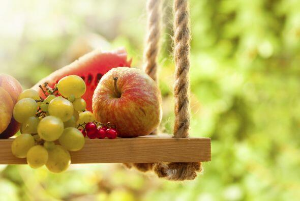 Tener un frutero en la cocina te ayudará a comerlas con mayor frecuencia.