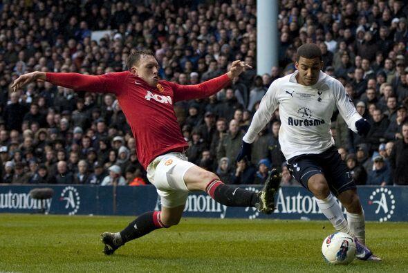 Tottenham tuvo las primeras ocasiones de mayor peligro, pero el United d...